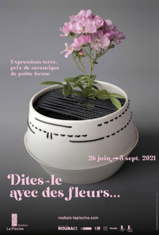 """""""Expressions terre, Prix de céramique de petite forme, thème 2020, Le pique-fleurs"""" © musée La Piscine"""